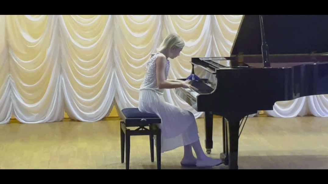 [Junior] [16] Anna Leontieva (3)