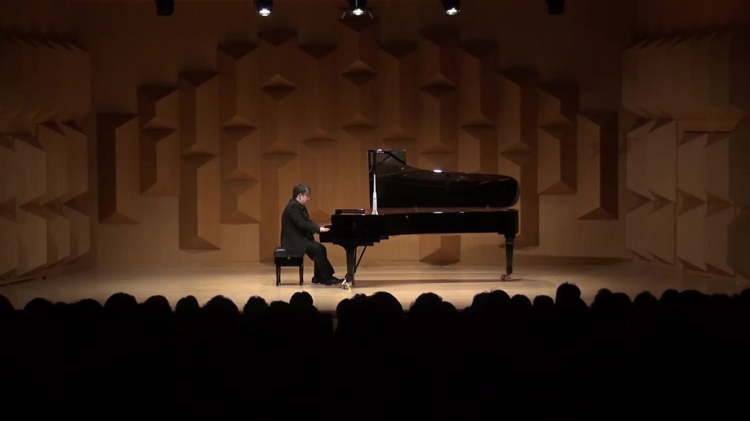 F. Chopin  Variations Brillantes op.12 - Sunghoon Simon HWANG
